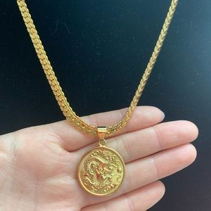 Other - New 18K gold dragon necklace